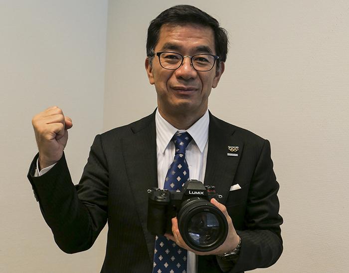 总裁�_技术咖总裁带领松下相机业务不走\